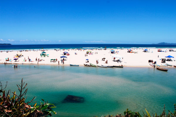 4 praias para se visitar perto da hospedaria das brisas