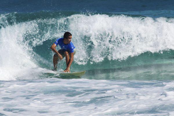 aberta a temporada de surf na praia do rosa